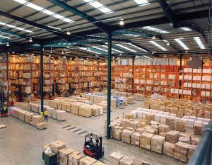 Modern_warehouse_with_pallet_rack_storage_system